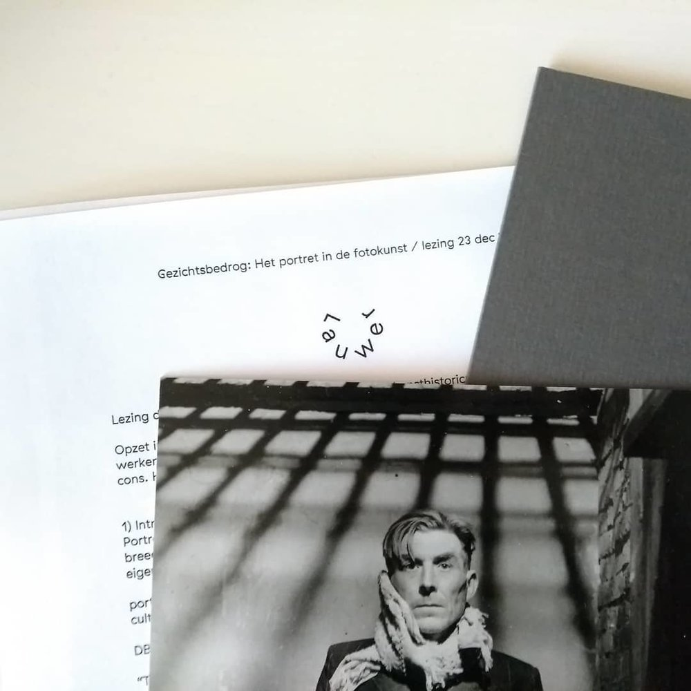 Documents accompanying the lecture 'Optic Illusion: The Portrait in Art Photography' © Lauwer
