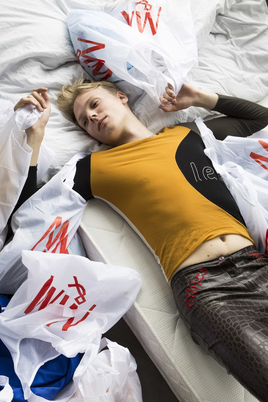 M&M Campaign - Avoidstreet, M&M Campaign, 2017digitale C-print (laserjet) op dibond, matte plexiglas, aluminium, 1 + 1 AP, 42 x 59,4 cm, met dank aan Vytautas Kumža€ 820,- incl. btw, certificaat van authenticiteit