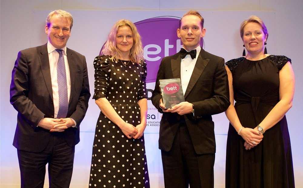 Here's Murray and Anna collecting the award from Education Secretary Damian Hinds and BESA's Caroline Wright.