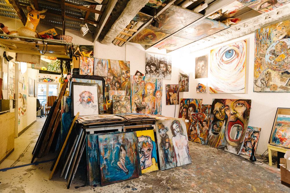 """59 Rivoli - 08 mars - 20:00 - 23:00Table ronde """"Etre femme - Etre artiste""""59 rue de Rivoli, 75001 Paris - entrée gratuite"""
