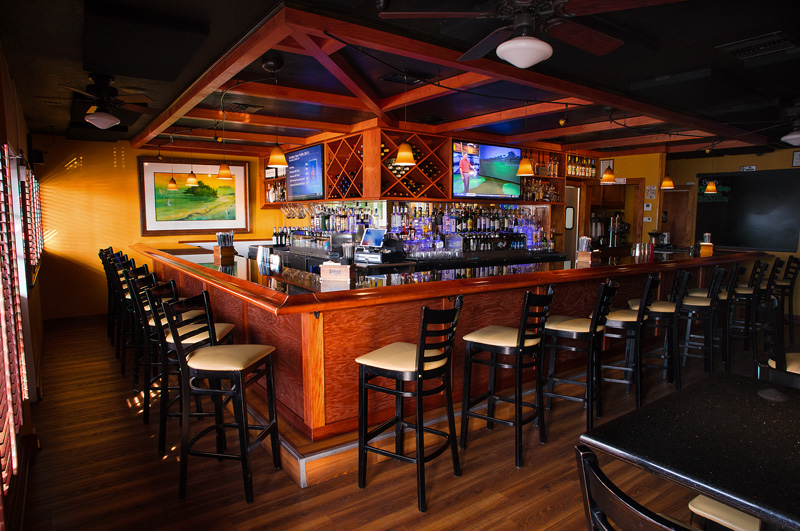 windward bar and grille interior