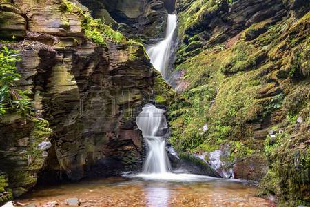 70947434-st-nectans-kieve-waterfall-in-st-nectan-s-glen-valley-in-north-cornwall.jpg