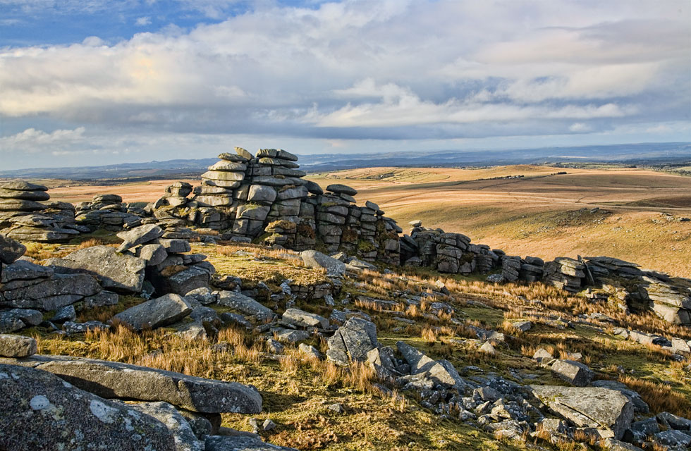 roughtor-cairn.jpg