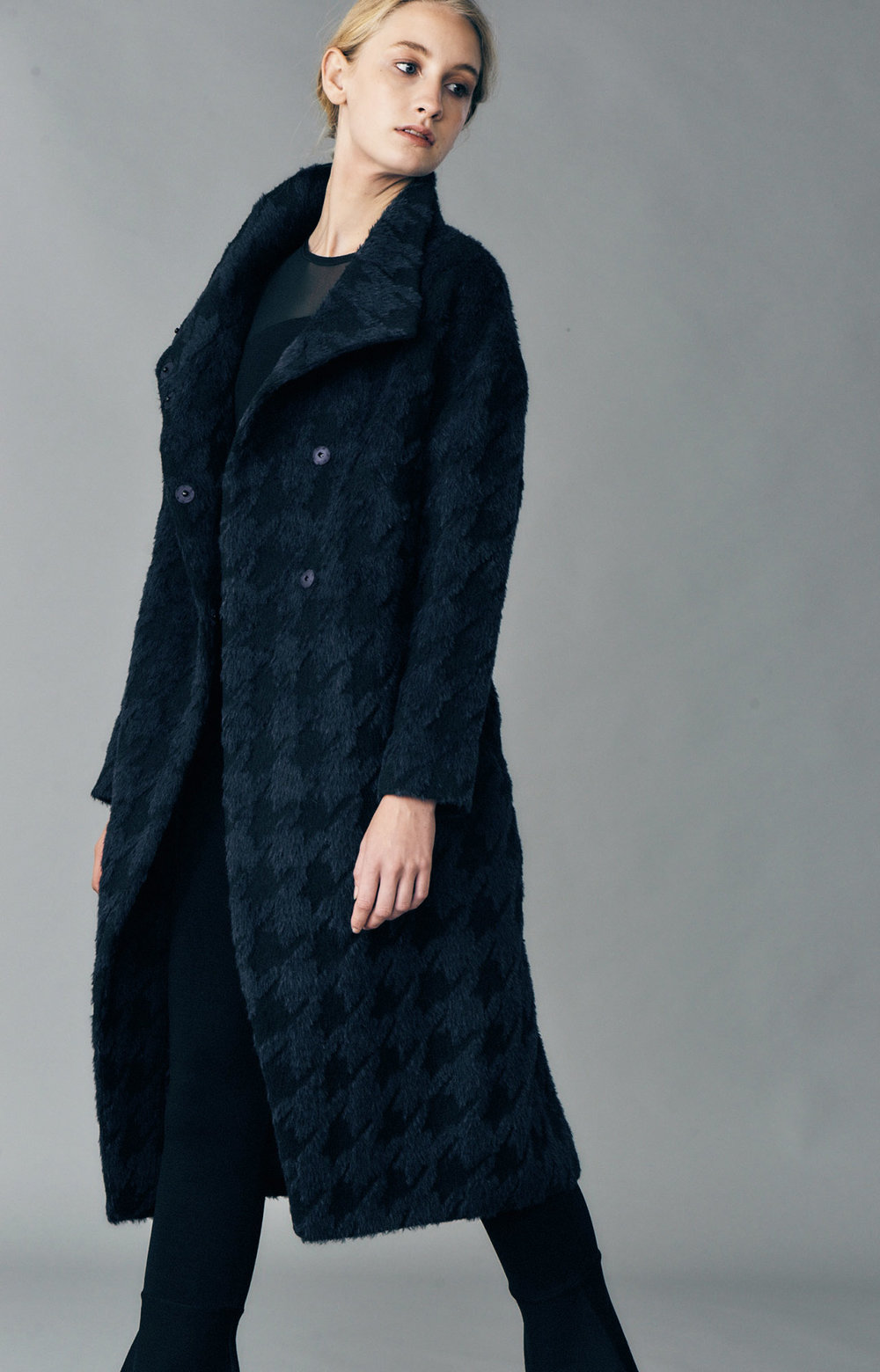 COAT JAZMIN AT-336   Colors:  houndstooth blue/black   Sizes: XS, S, M, L, XL