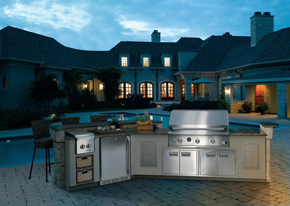 GE Monogram Outdoor Kitchen | Fayetteville, NC | Jana Donohoe Designs luxury interior designer