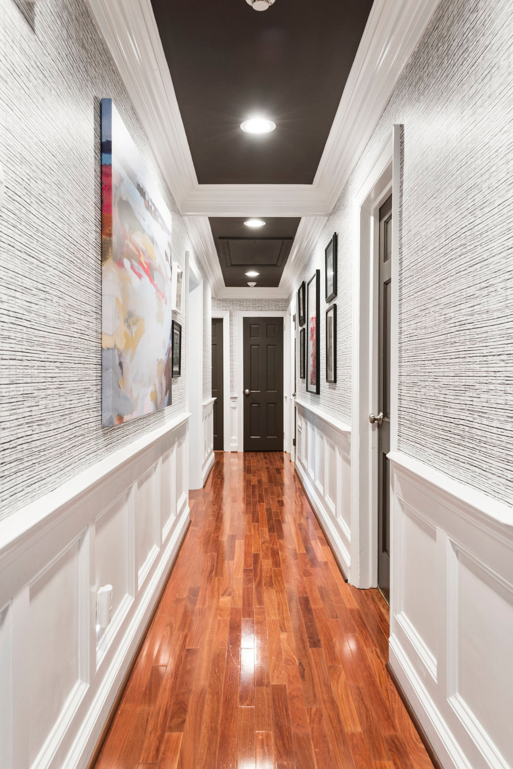 Beautiful Hallways The Home of Jana Donohoe Designs in Fayetveville, North Carolina .jpg