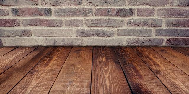 Tile and Hardwood Flooring - We install Hardwood Floor, natural stone, ceramic tile and Porcelain!