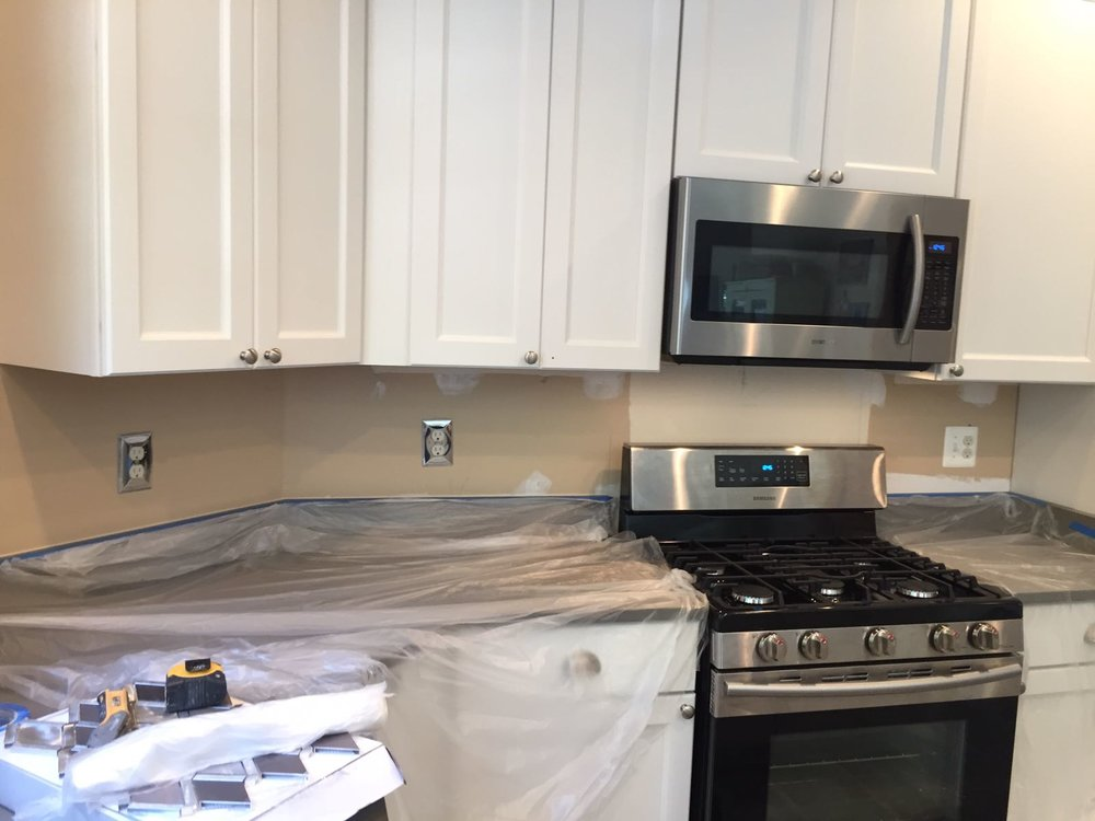 Before - Kitchen Backsplash