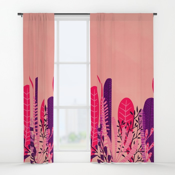 pink-plant1457578-curtains.jpg