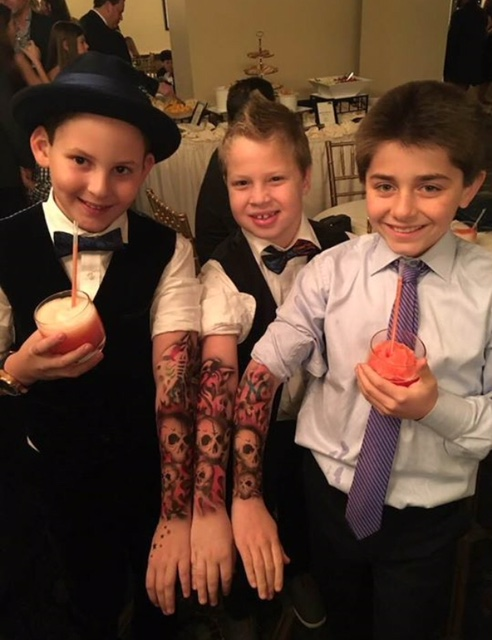 Amazing temporary airbrush tattoos for your event!