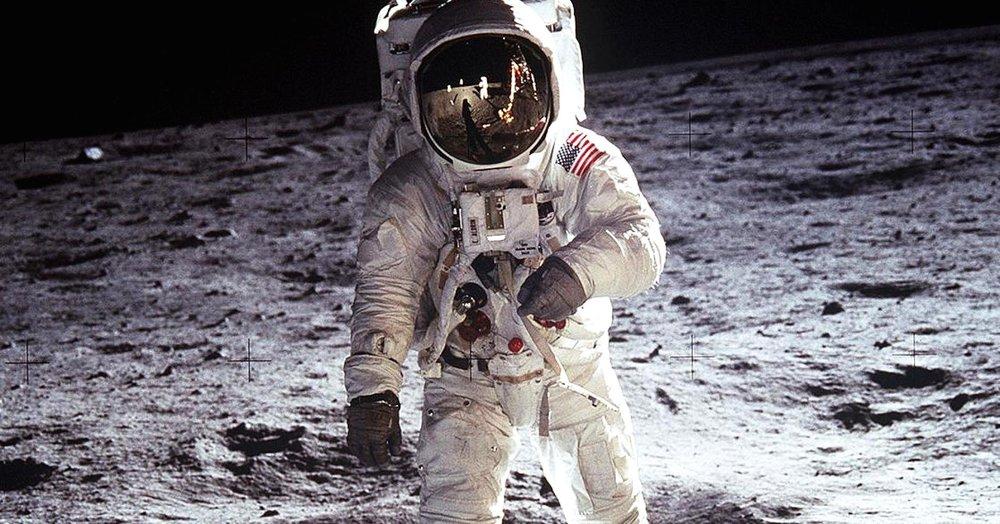 101931093-Aldrin_Apollo_11.1910x1000.jpg