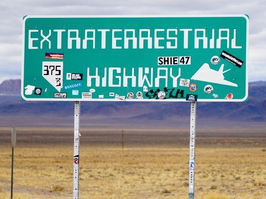 636573237805520732-Extratrerrestrial-Highway-XX-Hughes-13.jpg