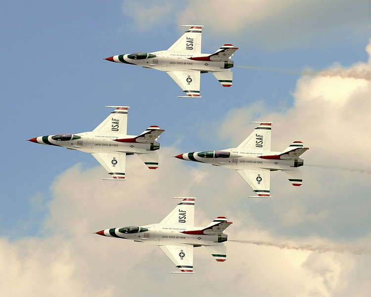 Thunderbirds Diamond Formation-L.jpg