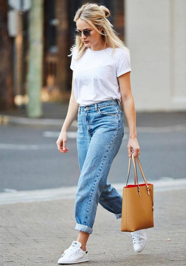 whtie t jeans.jpg
