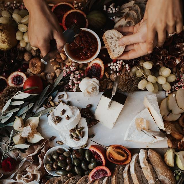 Lavish Grazing co - Lavish Grazing co specialise in creating unforgettable food experiences unique,extravagant platters and grazing tableslavishgrazingco.com