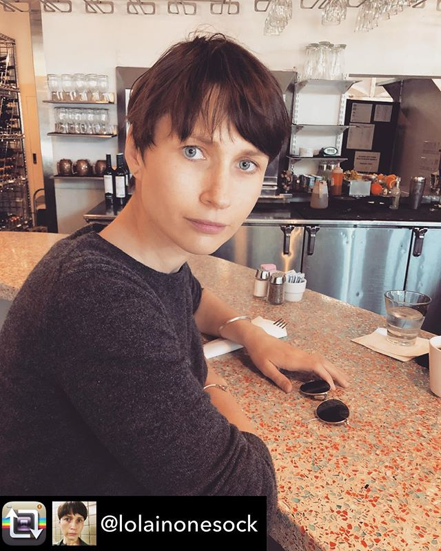 Director Sophie Ellsberg on the way to premiere this lady. 🖤 Repost from @lolainonesock - This bar counter. On the way to Hill Country Film Fest #HCFF #oldhabitsmovie #ladydirector #womenmakemovies