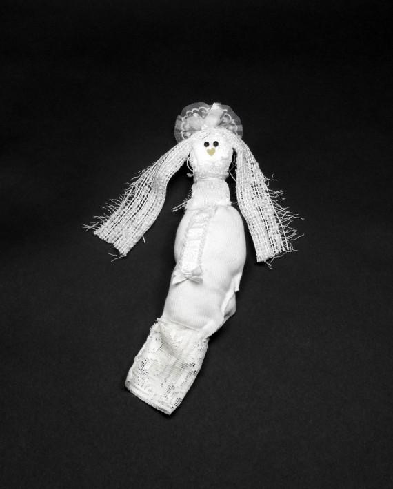Je-suis-la-poupée-des-matins-blancs-570x708.jpg