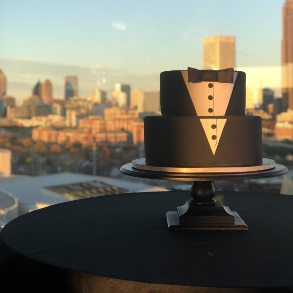 grooms cake - tuxedo cake