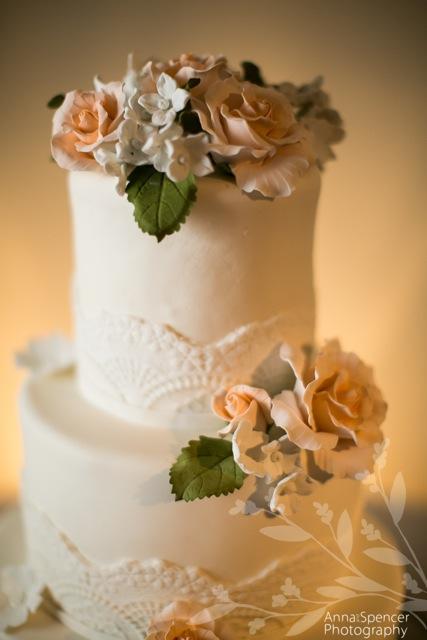 wedding - gumpaste.jpg