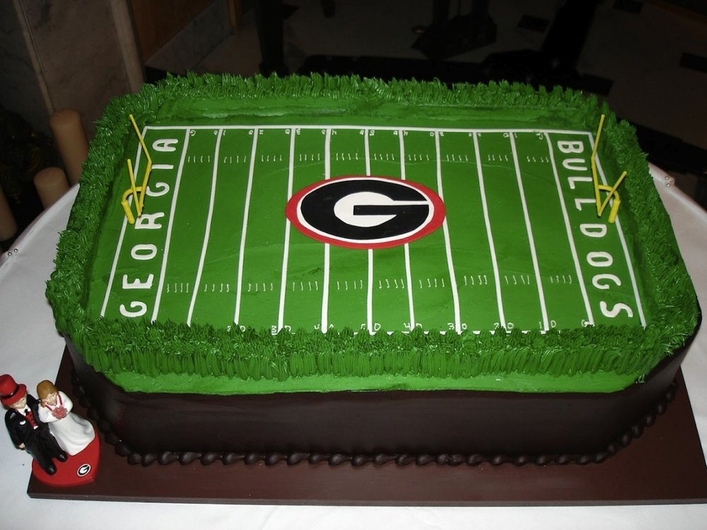 grooms cake - Between_the_hedges.jpg