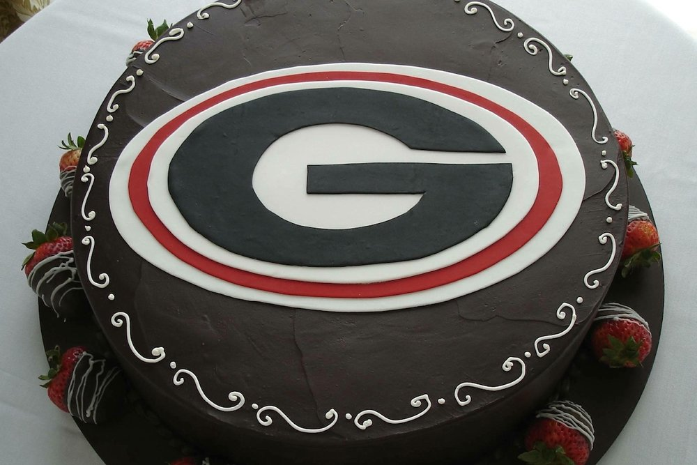 grooms cake - UGA_on_fudge.jpg