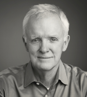 """""""Making peace is harder than making war. The Lois & Walter Capps Project is helping us make peace."""" - Bob Kerrey – Former U.S. Senator and Governor, Medal of Honor Recipient, LWCP Advisor"""