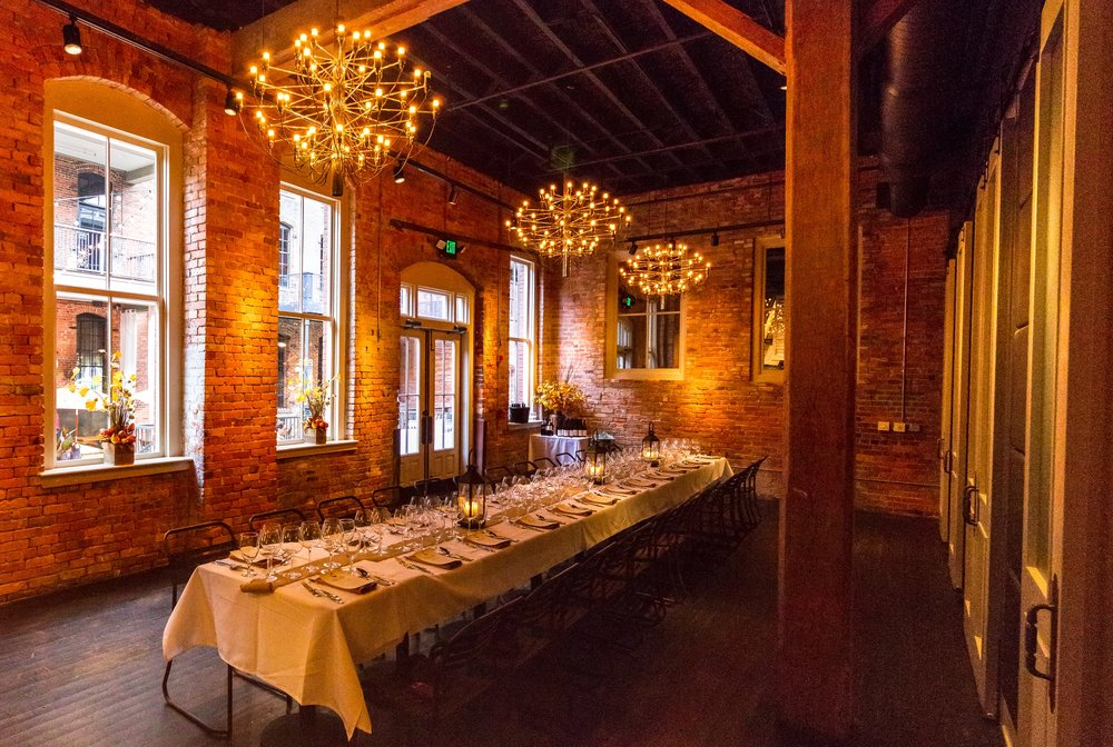 river room LONG TABLE - 2000pix.jpg