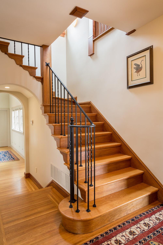 06 Stair.jpg