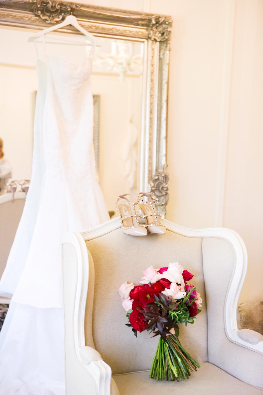 wedding-0015-dress-bouquets-shoes-flowers-bride-australia.jpg