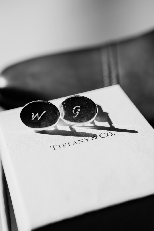 wedding-0098-cufflinks-tiffany-groom-details-queensland.jpg