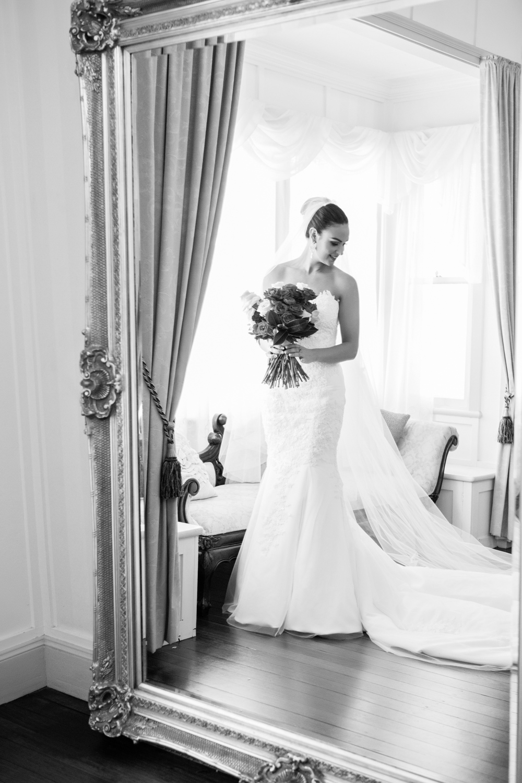 wedding-0025-dress-flowers-bouquets-veil-bride-brisbane.jpg