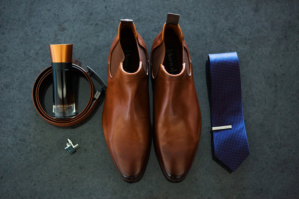 wedding-0307-groomdetails-boots-brown-tie-brisbane.jpg