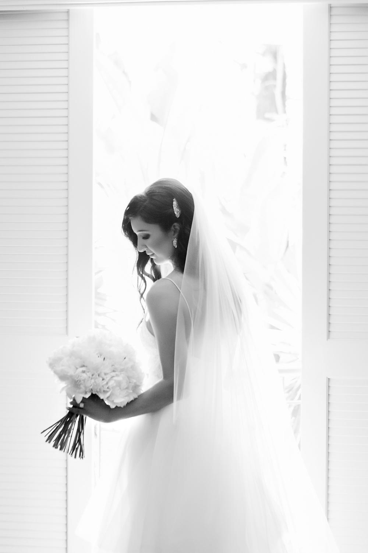 wedding-0189-bride-veil-back-beautiful-peonies-australia.jpg