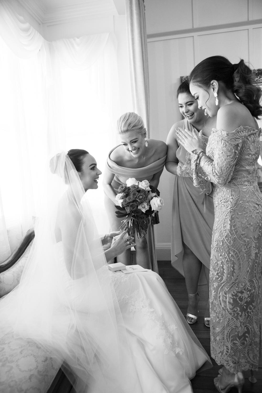 wedding-0043-bride-bridesmaids-dress-veil-gift-brisbane.jpg
