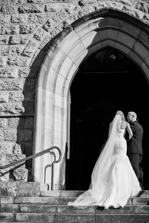 wedding-0269-cathedral-ststephens-archways-bride-dad-queensland.jpg