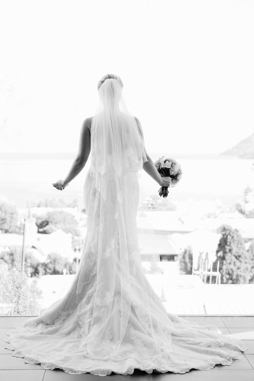 wedding-0321-train-dress-veil-back-australia.jpg