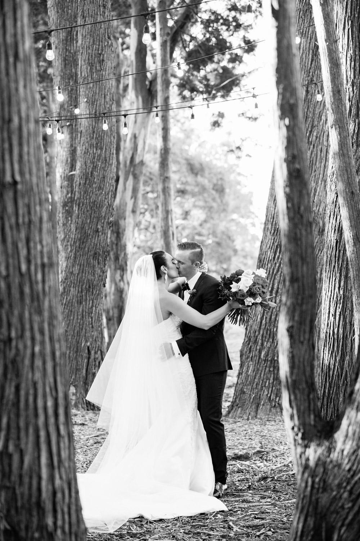 wedding-0058-woods-bride-groom-trees-kiss-brisbane.jpg