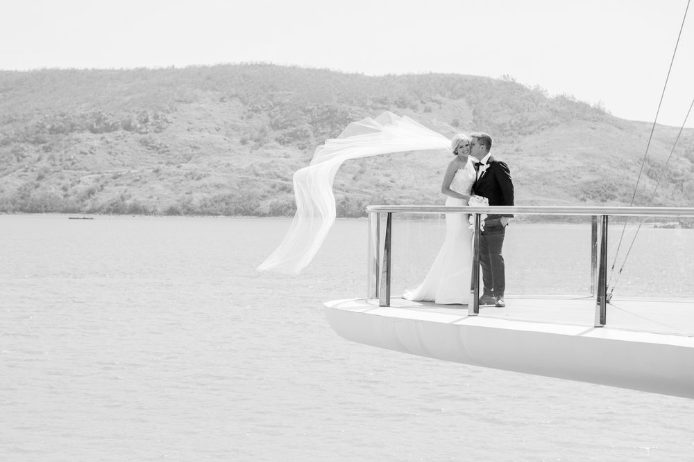 wedding-0138-mantaray-veil-wind-kiss-ocean-australia.jpg