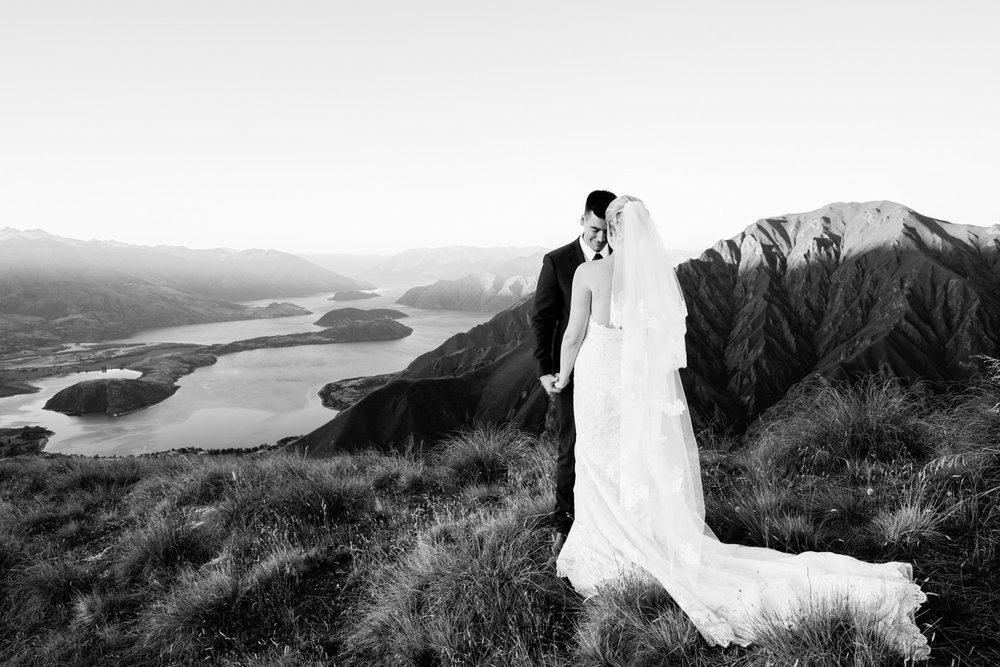wedding-0337-mountains-helicopter-landscape-lakes-brisbane.jpg