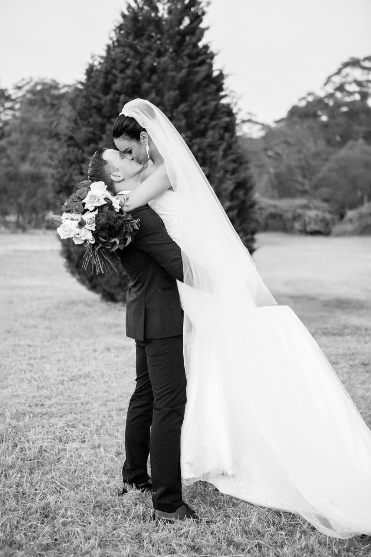 wedding-0077-bride-groom-veil-bouquet-trees-queensland.jpg