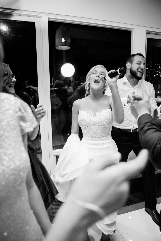 wedding-0162-outrigger-reception-party-singing-dancing-australia.jpg