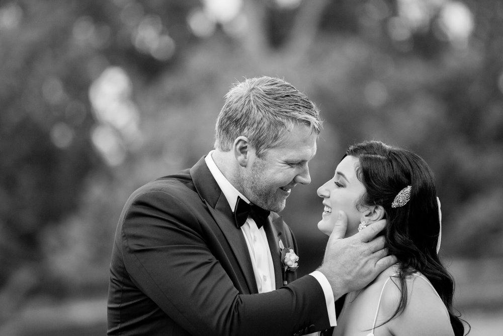 wedding-0236-moments-natural-kiss-beautiful-bride-queensland.jpg
