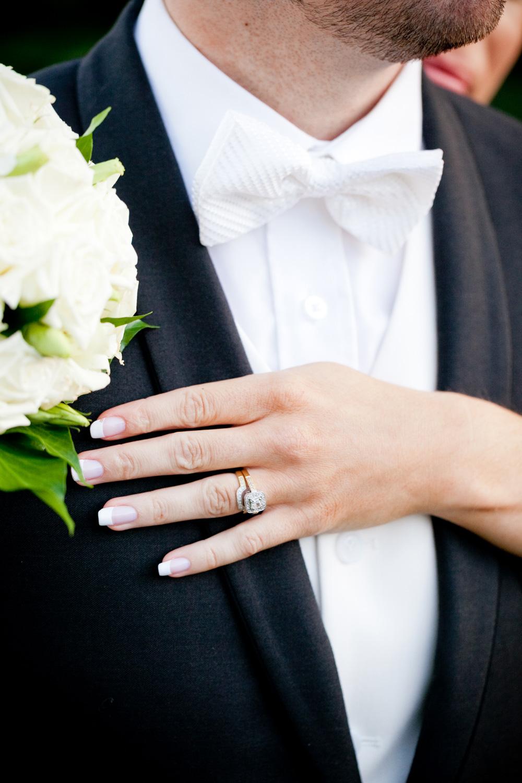 wedding-0433-bowtie-rings-engagement-white-bouquet-brisbane.jpg