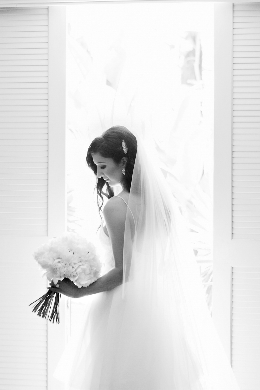 wedding-0418-beautiful-dress-peonies-brisbane.jpg