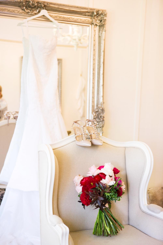 wedding-0444-gown-dress-shoes-heals-bride-australia.jpg