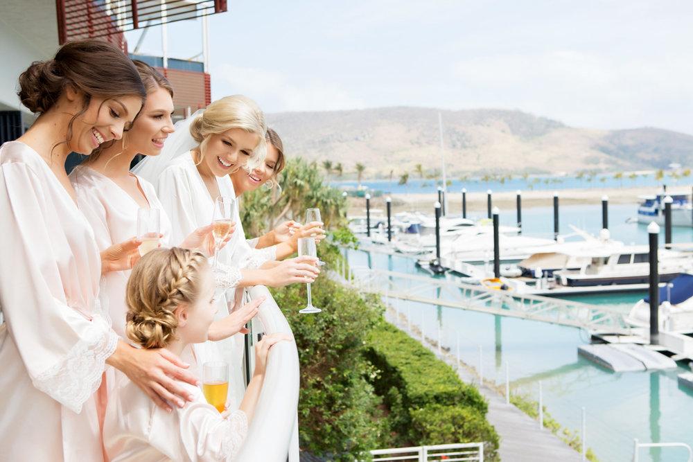 wedding-0422-marina-ocean-champagne-dressinggown-queensland.jpg