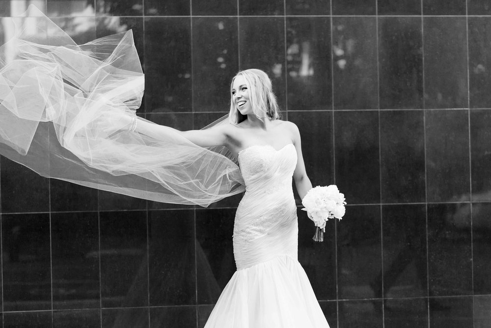 wedding-0424-veil-wind-urban-happy-brisbane.jpg