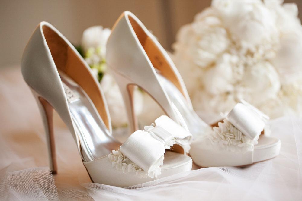 wedding-0460-heals-shoes-white-peonies-brisbane.jpg