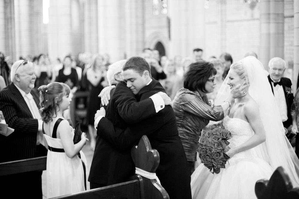 wedding-0509-saint-johns-cathedral-church-hugs-queensland.jpg