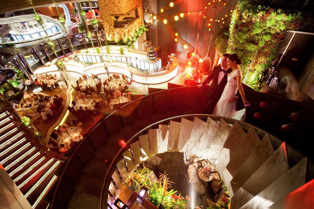 wedding-0571-cloudland-fortitude-valley-staircase-brisbane.jpg